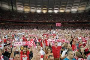熱狂的なポーランドの観客