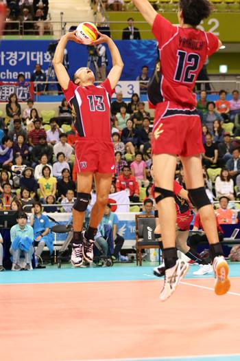 アジア大会イラン戦。身体能力の高さを活かしたジャンプトス