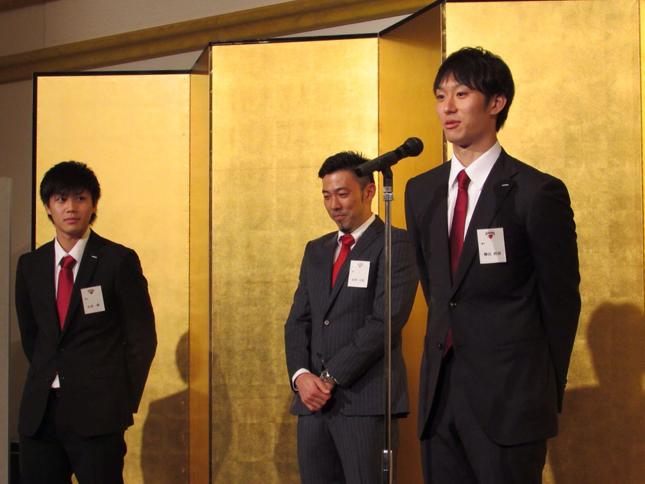 左から山本選手、酒井選手、柳田選手